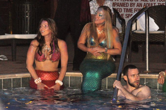 Mermaid Convention Photography #289<br>3,218 x 2,134<br>Published 4 years ago